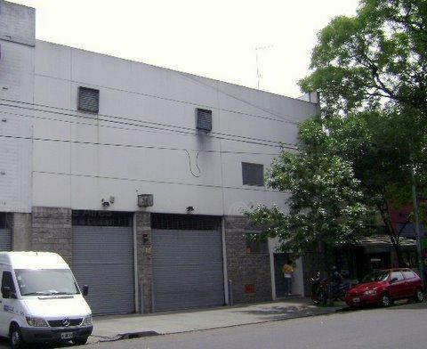 Foto Local en Venta en  Mataderos ,  Capital Federal  Lisandro de la Torre al 2400