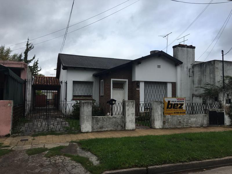 Foto Casa en Venta en  Martinez,  San Isidro  Juncal al 2500
