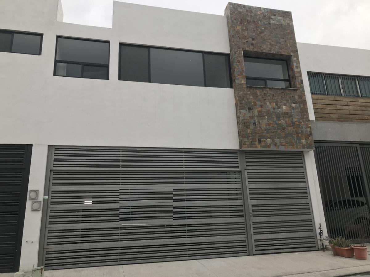 Foto Casa en Venta en  Monterrey ,  Nuevo León  Casa en Venta en Cumbres Elite, Zona Cumbres de lado el Cerro  (LJGC)