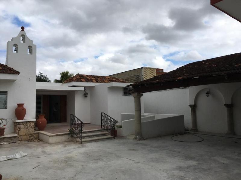 Foto Casa en Renta en  Itzimna,  Mérida  Itzimna de un piso, remodelada, con rampa para minusvalidos, tres recamaras c/baño c/u
