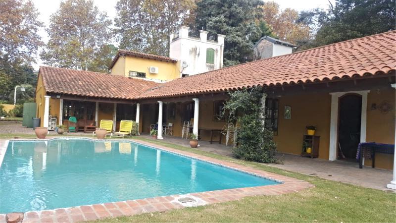 Foto Casa en Venta en  Barrio Parque Leloir,  Ituzaingo  Payadores al 2000
