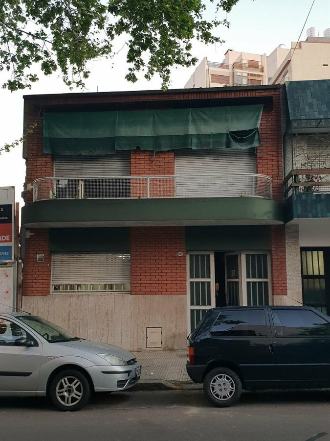 Foto Casa en Venta en  Parque Chacabuco ,  Capital Federal  Baldomero Fernandez Moreno 1282