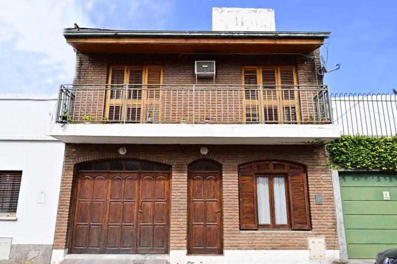 Foto Casa en Venta en  Gualeguaychu ,  Entre Rios  Zona Plaza San Martín 1