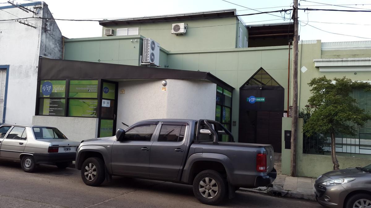Foto Casa en Venta |  en  Concordia ,  Entre Rios  Alberdi al 300