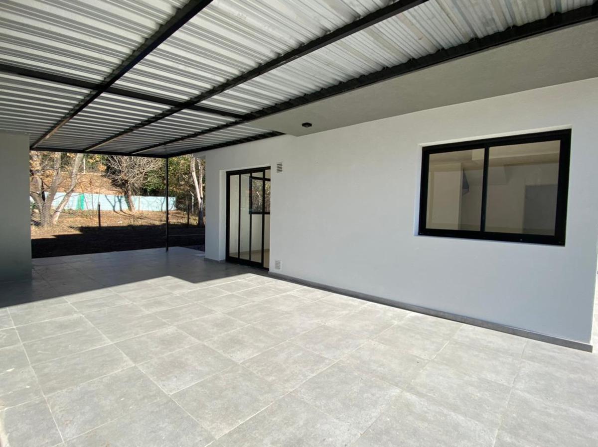 Foto Casa en Alquiler en  Villa Warcalde,  Cordoba Capital  Alquiler Casa 3 dorm- Housing - Av. Eguía Zanón al 9400 (detras del Tala Club) - Villa Warcalde