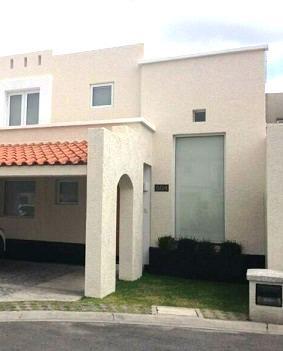 Foto Casa en condominio en Renta en  El Castaño,  Metepec  CASA EN RENTA AMUEBLADA EN METEPEC, FRACCIONAMIENTO EL CASTAÑO II