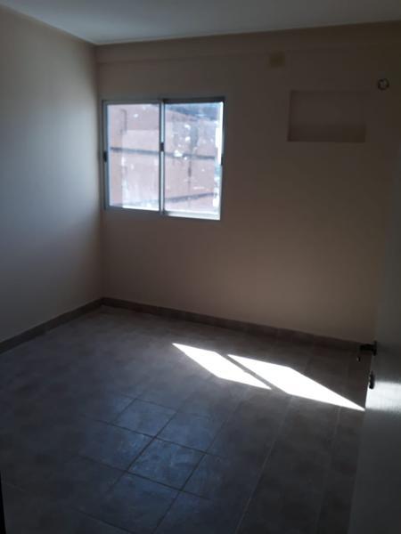Foto Departamento en Alquiler en  San Miguel De Tucumán,  Capital  Las Piedras al 300