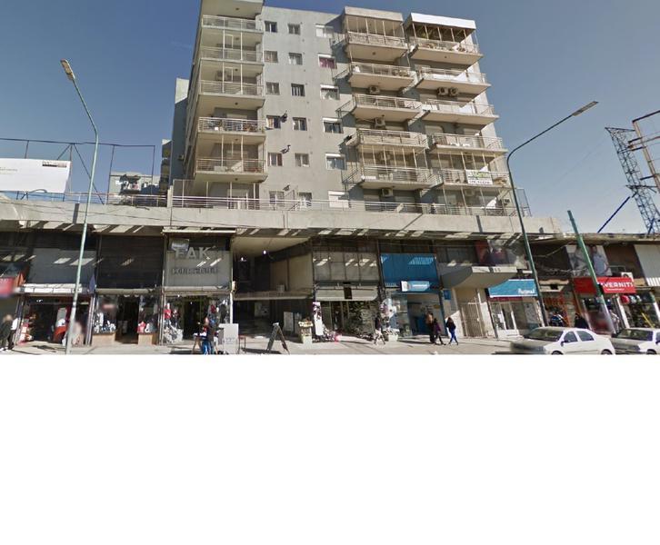 Foto Departamento en Alquiler en  Pompeya ,  Capital Federal  Av Saenz al 1000