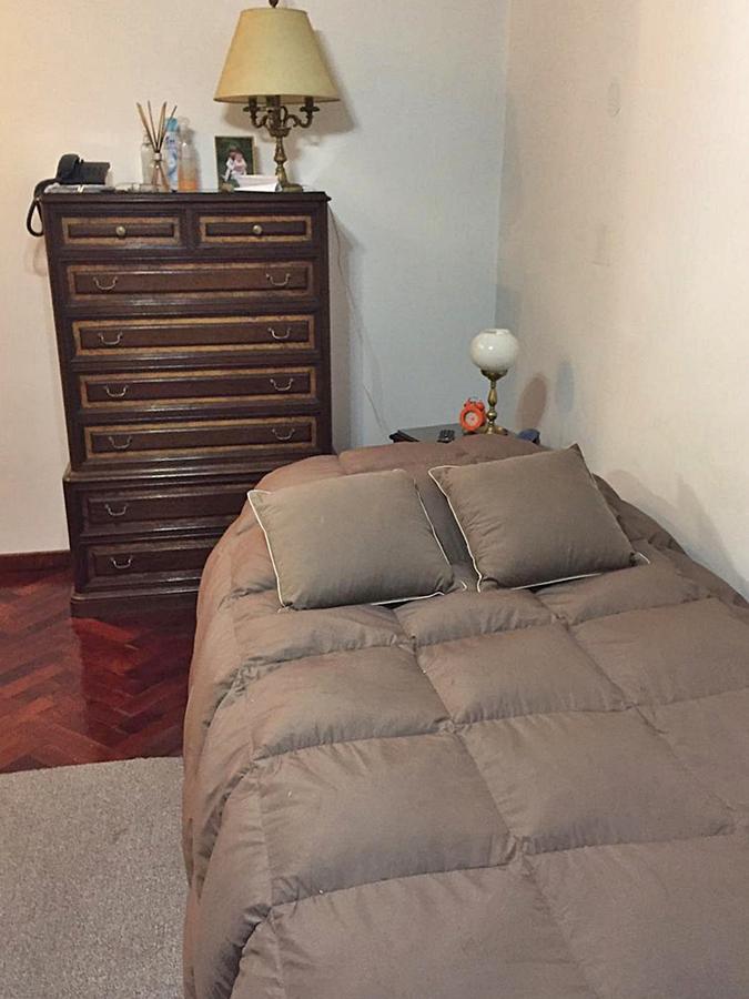 Foto Casa en Venta en  La Lucila-Vias/Libert.,  La Lucila  San Lorenzo  al 400
