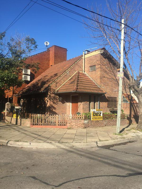 Foto Casa en Alquiler en  Martinez,  San Isidro  Saenz Valiente al 600