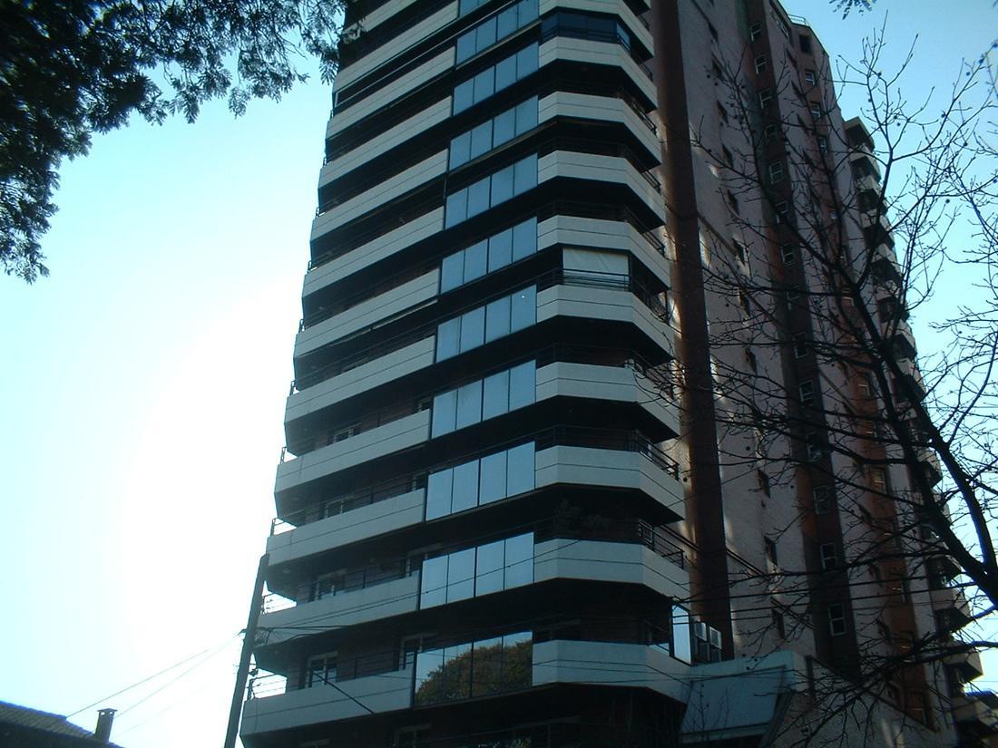 Foto Departamento en Venta en  Capital ,  Tucumán  Torre Plaza 18B