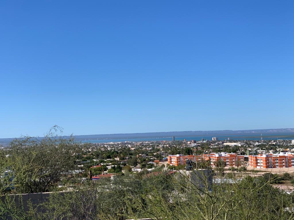 Foto Terreno en Venta en  Loma Linda,  La Paz  LOMA LINDA T. Pineda entre  Fernando Jordan y Miguel Liera