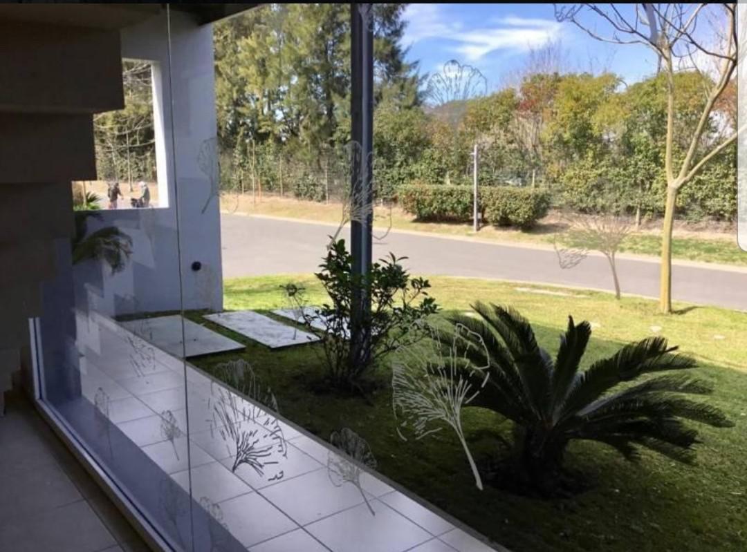 Foto Casa en Alquiler en  Los Sauces,  Nordelta  Casa en alquiler  5 amb. con piscina  Los Sauces Nordelta Tigre