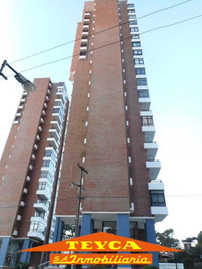 Foto Departamento en Alquiler temporario en  Centro,  Pinamar  Artes 225 esq. Toninas, Piso 13