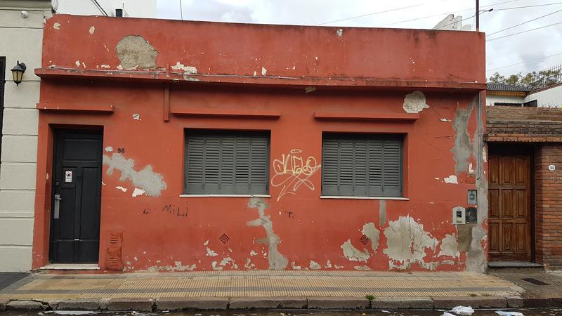 Foto PH en Venta en  Crucesita,  Avellaneda  Florencio Varela 96, Depto. 1