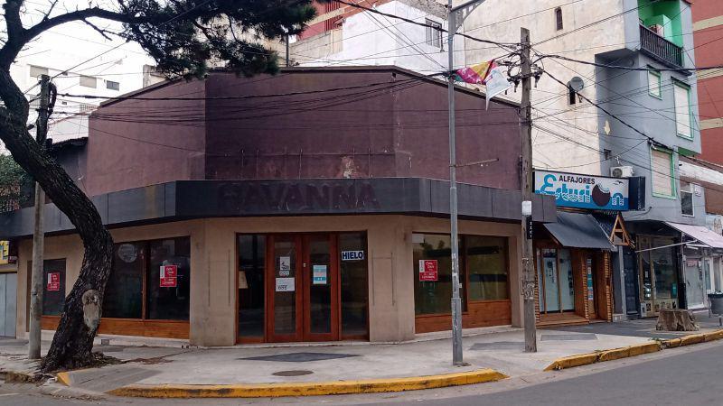 Foto Local en Alquiler en  San Bernardo Del Tuyu ,  Costa Atlantica  Santa maria de oro y Chiozza