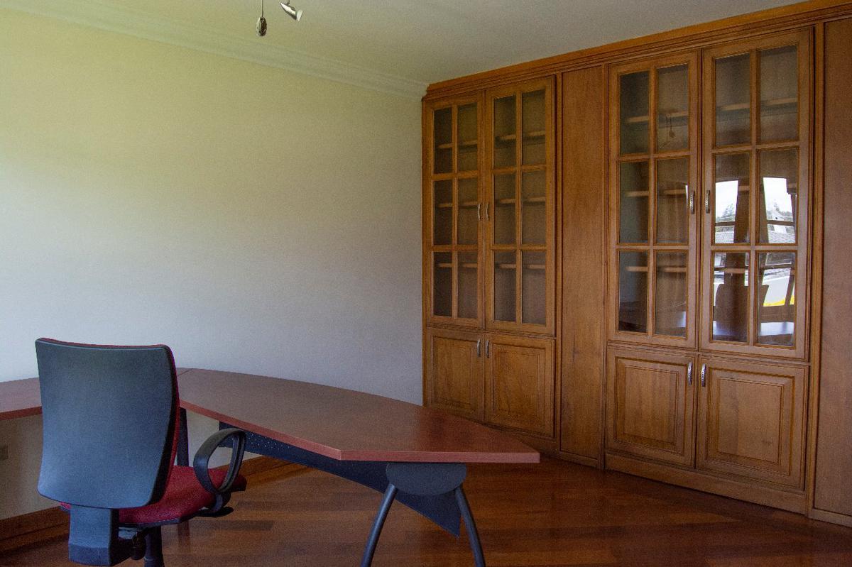 Foto Casa en Alquiler | Venta en  Cumbayá,  Quito  Urbanización Jardines del Este