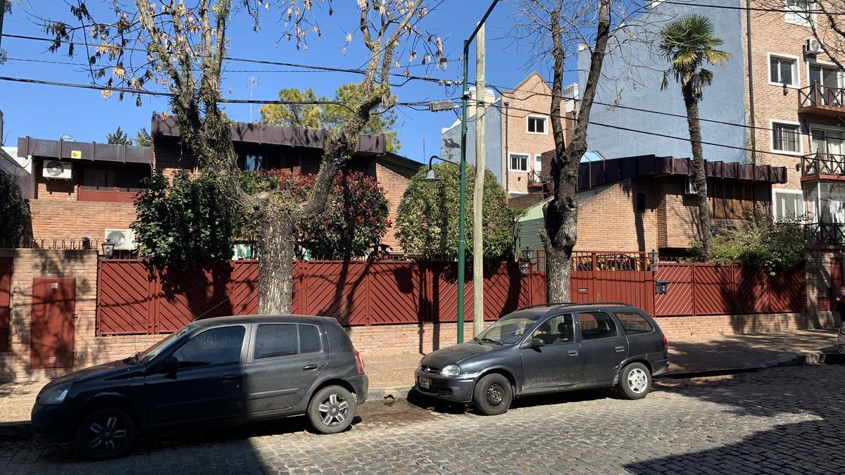 Foto Casa en Venta en  S.Isi.-Vias/Rolon,  San Isidro  Diego Palma al 300