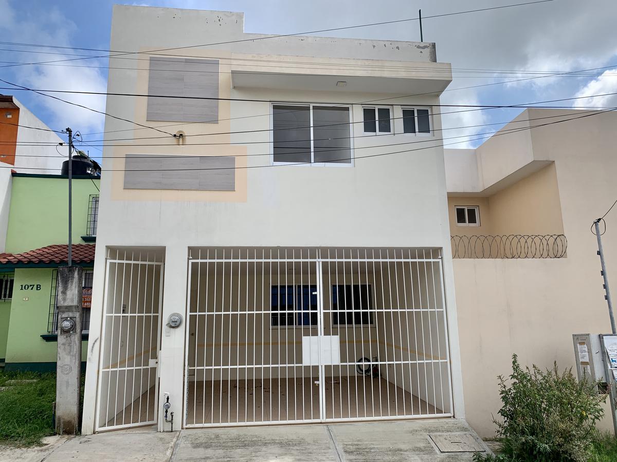 Foto Casa en Venta |  en  Bugambilias de Xalapa,  Xalapa  Casa en venta Xalapa Bugambilas de Xalapa Sumidero 3 recamaras