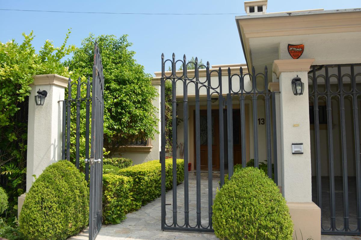 Foto Casa en Venta en  Del Valle,  San Pedro Garza Garcia  Del Valle