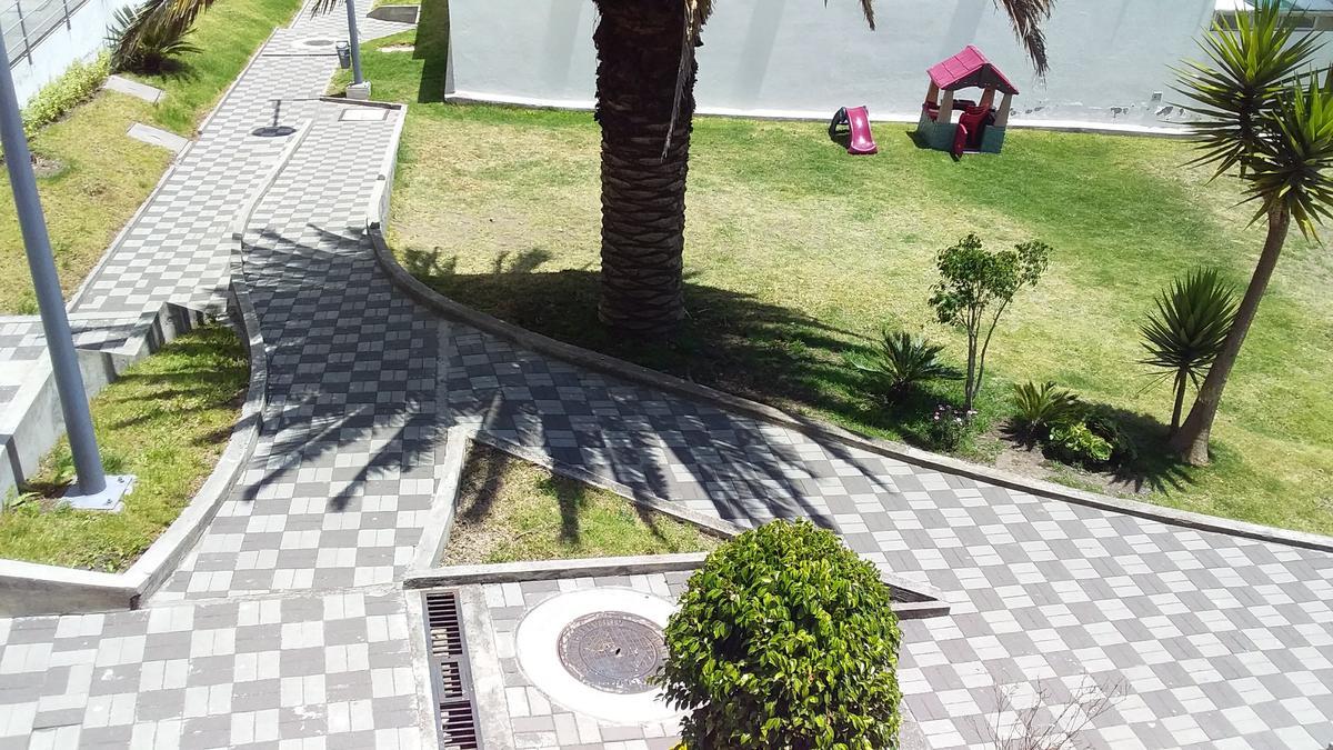 Foto Casa en Venta en  Quito ,  Pichincha  SAN ISIDRO DEL INCA