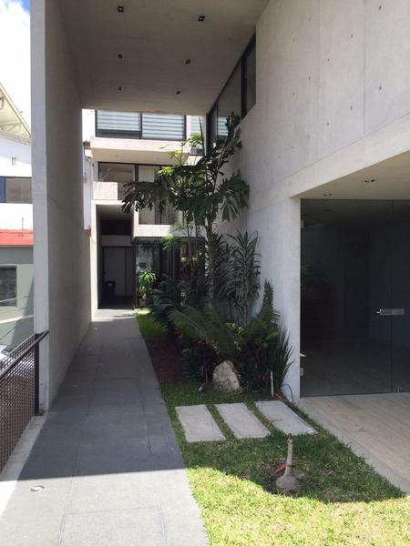 Foto Departamento en Renta |  en  Unidad habitacional Sipeh Animas,  Xalapa  Av. Araucarias, 1 Recamara, Ejecutivo
