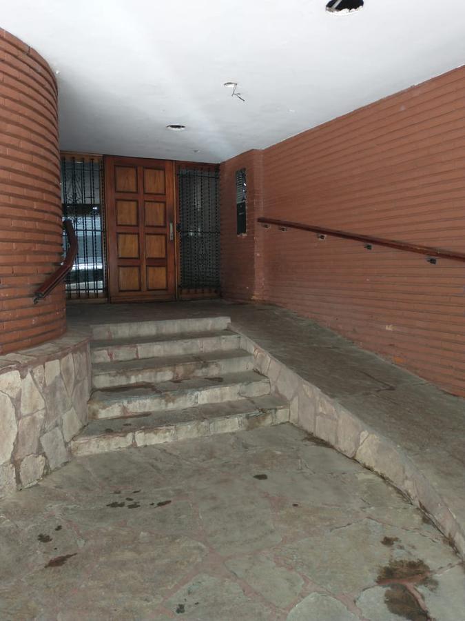 Foto Departamento en Venta en  Balvanera ,  Capital Federal  Hipolito Yrigoyen/Sarandi