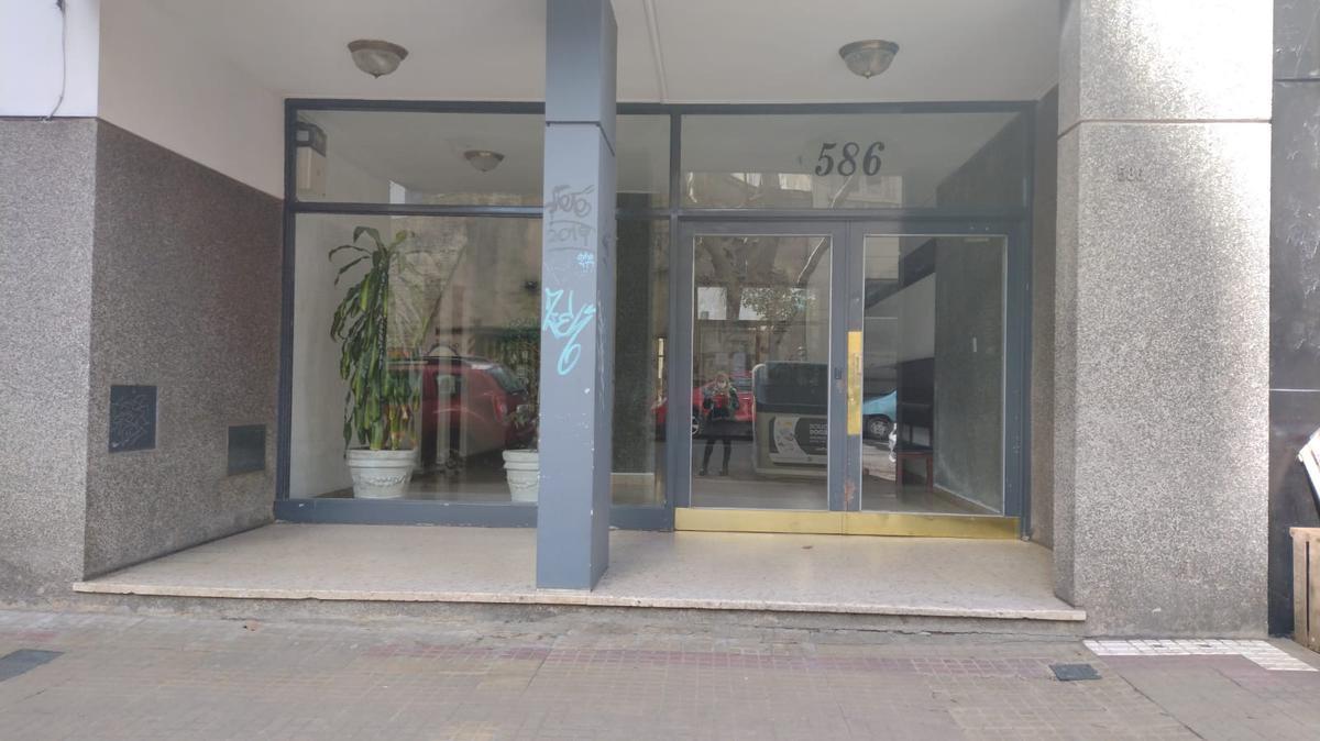 Foto Departamento en Venta en  Microcentro,  La Plata  56 e/6y7 (PB 1)