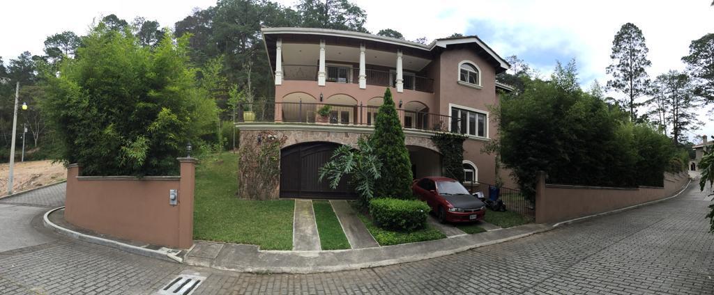 Foto Casa en Venta | Renta en  El Hatillo,  Tegucigalpa  CASA EN RESIDENCIAL ENTREPINOS, Hatillo, Tegucigalpa