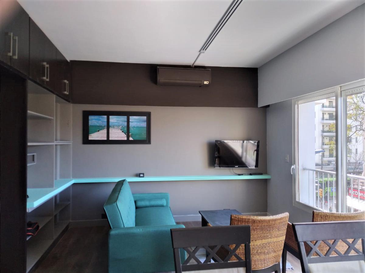Foto Apartamento en Alquiler en  Villa Biarritz ,  Montevideo  Villa Biarritz con muebles