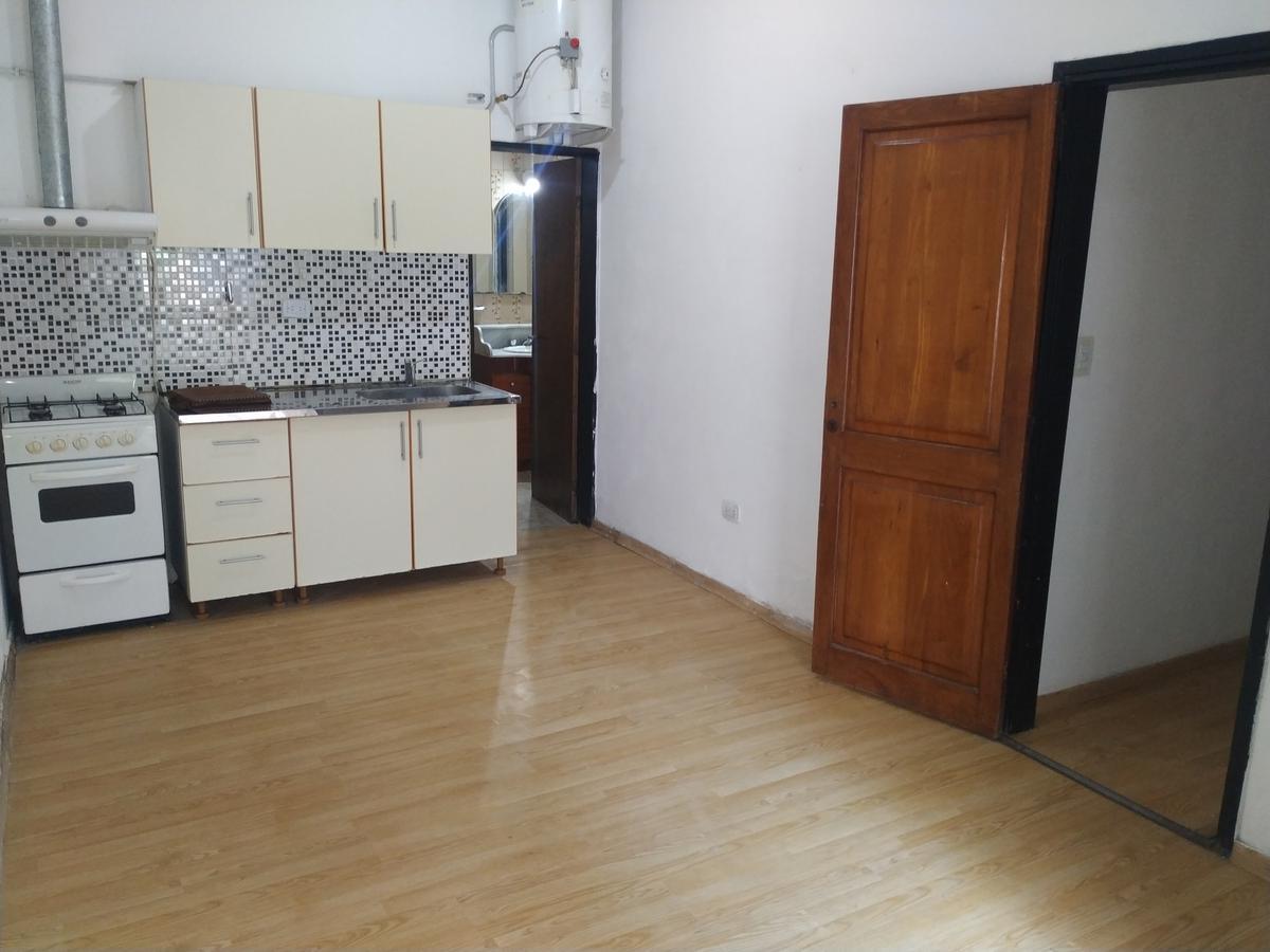 Foto Casa en Alquiler en  Los Boulevares,  Cordoba  De Los Húngaros al 5000