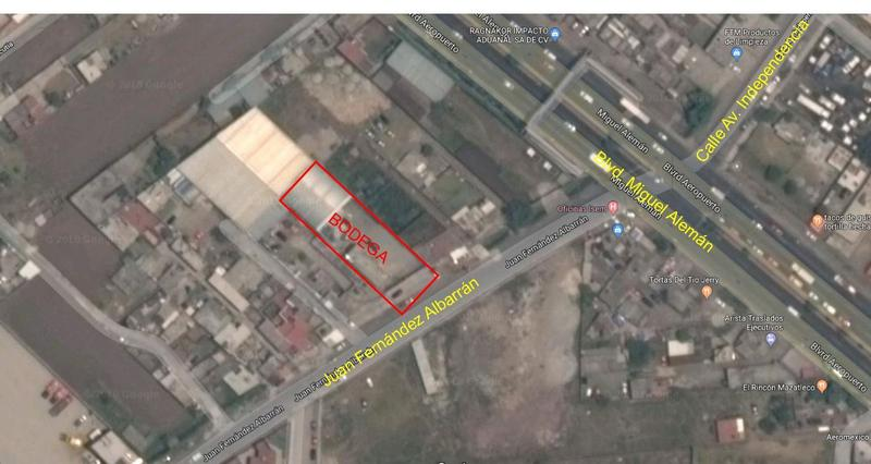 Foto Bodega Industrial en Venta en  San Nicolás Tolentino,  Toluca  Venta de bodega a 30 m de blvd. Aeropuerto de Toluca