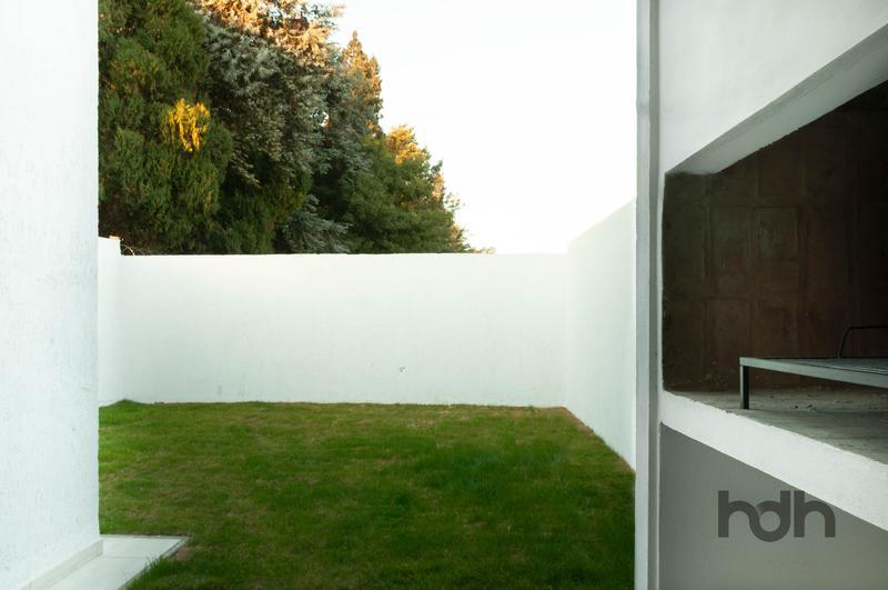 Foto Casa en Venta en  Claros del Bosque,  Countries/B.Cerrado (Cordoba)  Casa de dos dormitorios en barrio cerrado