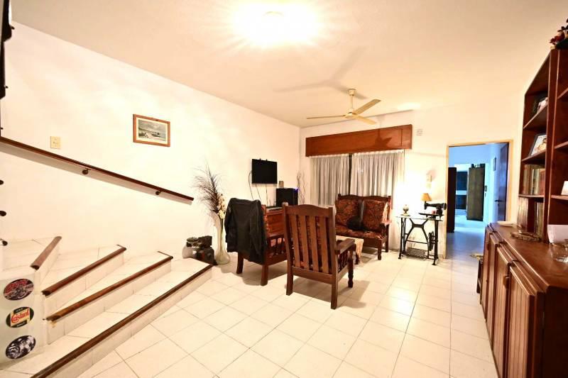 Foto Casa en Venta en  Gualeguaychu ,  Entre Rios  Belgrano al 200
