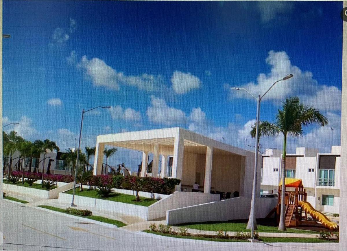 Foto Casa en Renta en  Supermanzana 329,  Cancún          Casa en Renta Cancun York, Long Island
