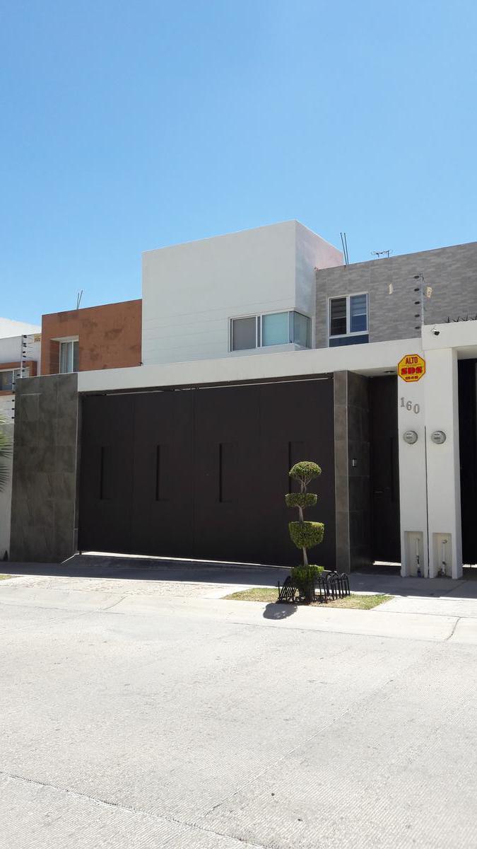 Foto Casa en Venta en  Villa Magna,  San Luis Potosí  Termas #160 Villa Magna primera sección