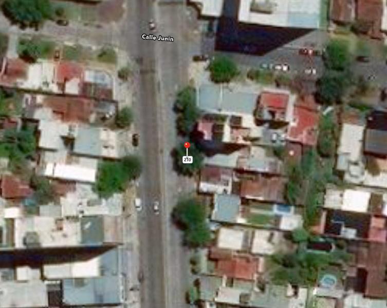 Foto Casa en Venta en  Lomas de Zamora Este,  Lomas De Zamora  ALMIRANTE BROWN 2364