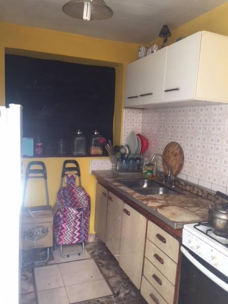 Foto PH en Venta en  Ezpeleta Este,  Quilmes  salta 998