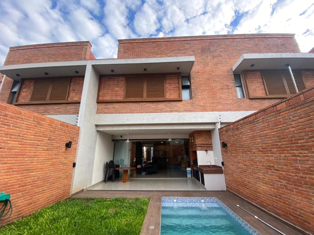 Foto Casa en Venta en  La Recoleta ,  Asunción  Recoleta