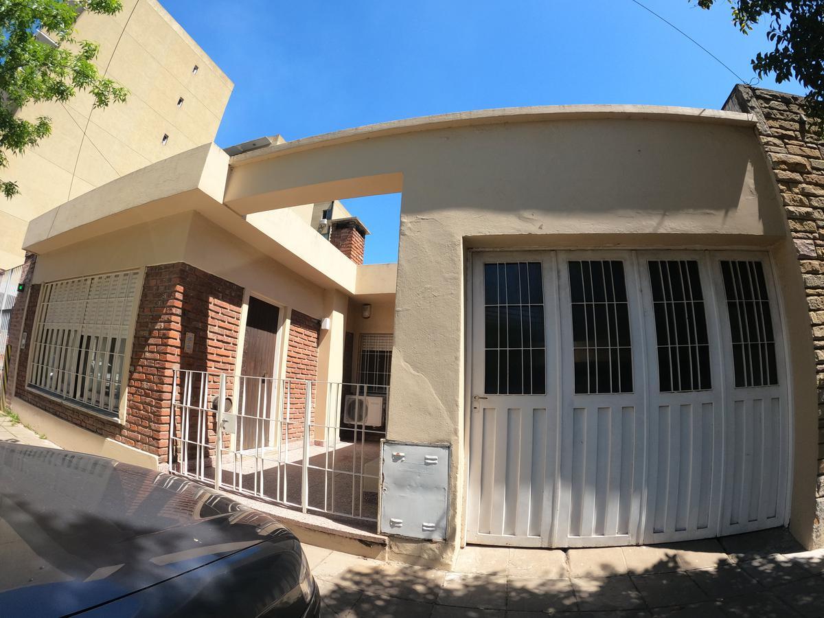 Foto Casa en Venta en  Escobar ,  G.B.A. Zona Norte  Bernardo de Irigoyen 258, entre Don Bosco y 25 de Mayo