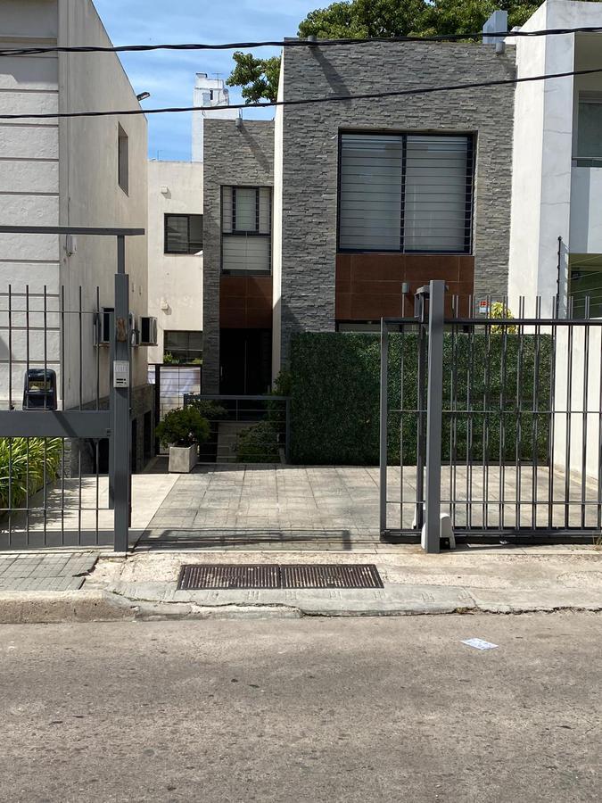 Foto Casa en Venta en  Pocitos ,  Montevideo  Santiago Vazquez al 1000
