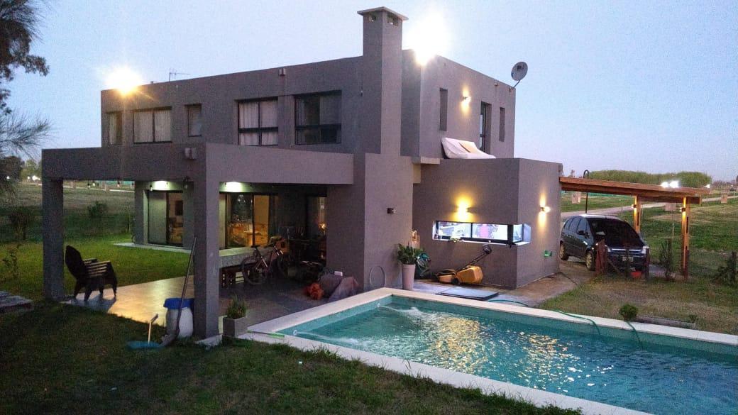 Foto Casa en Venta en  Santa Isabel,  Countries/B.Cerrado (Escobar)  Santa Isabel etapa 2