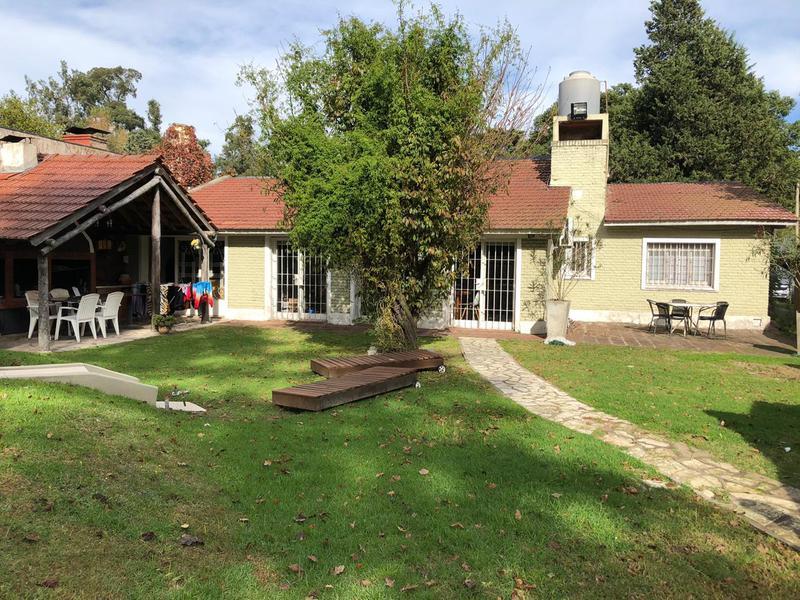 Foto Casa en Venta en  Barrio Parque Leloir,  Ituzaingo  Alsina al 3100