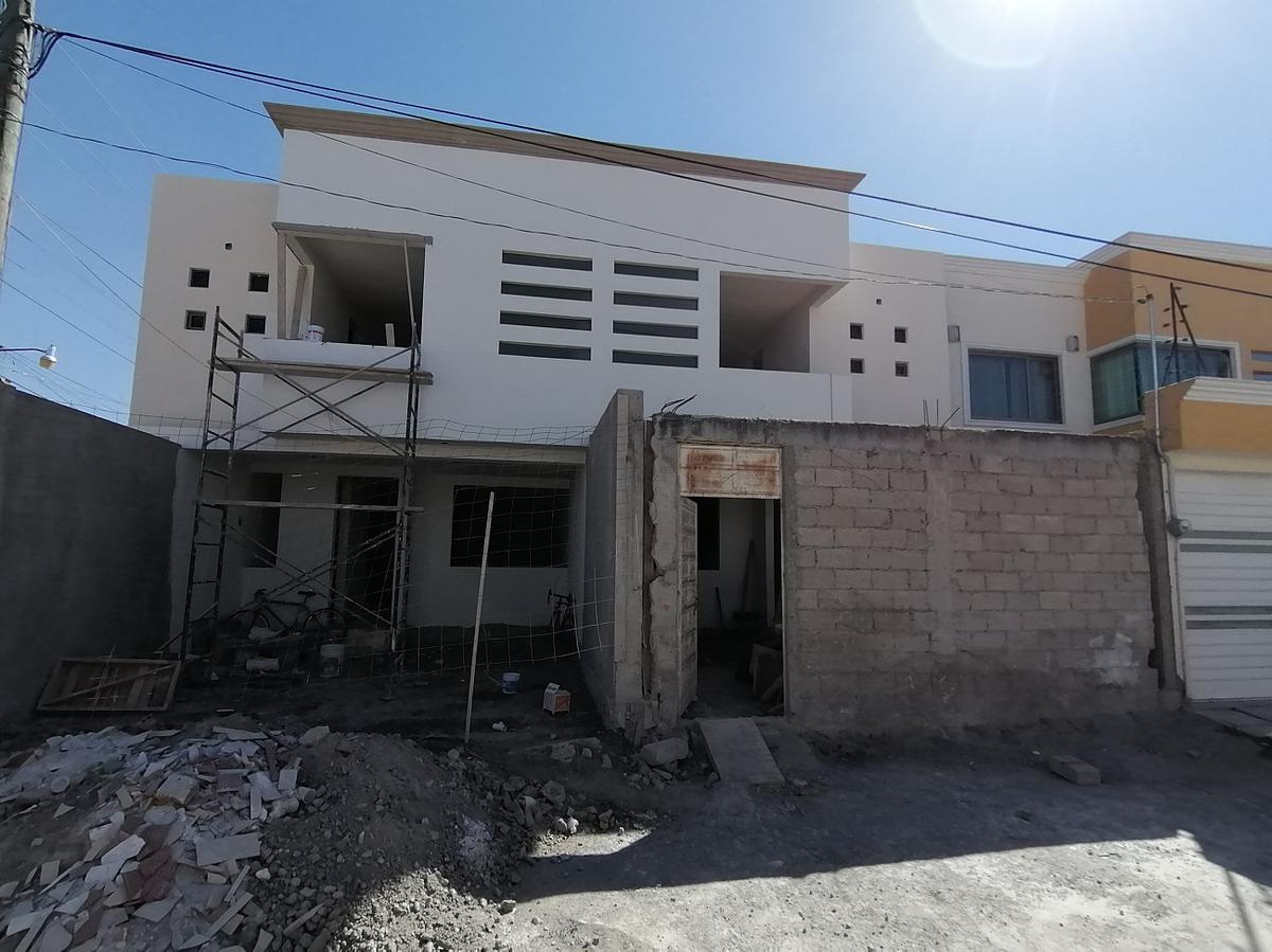 Foto Casa en Venta en  San Antonio Buenavista,  Toluca  BONITA CASA EN VENTA, BARBABOSA, Calle Virreyes, SAN ANTONIO BUENAVISTA