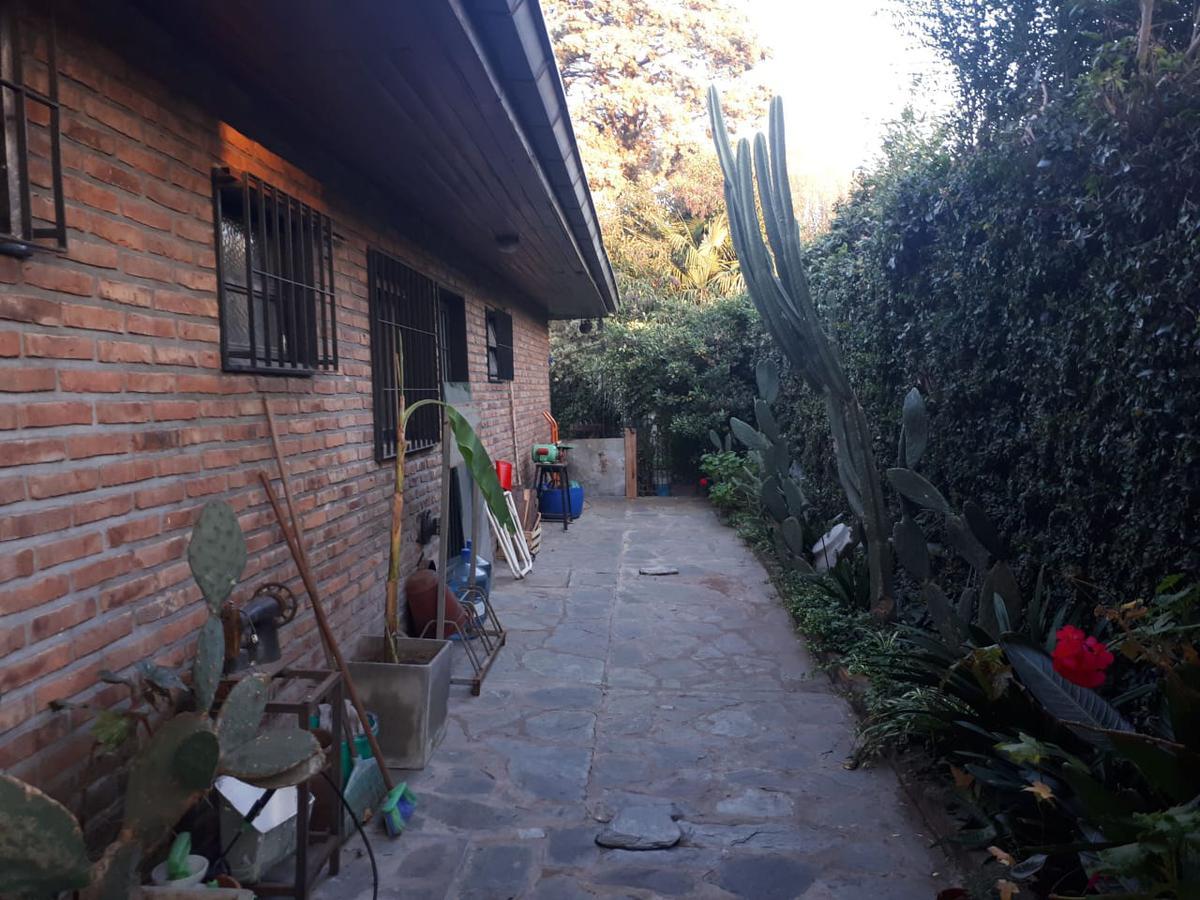 Foto Casa en Venta en  Triangulo,  Don Torcuato  Gral Alvear al 1900