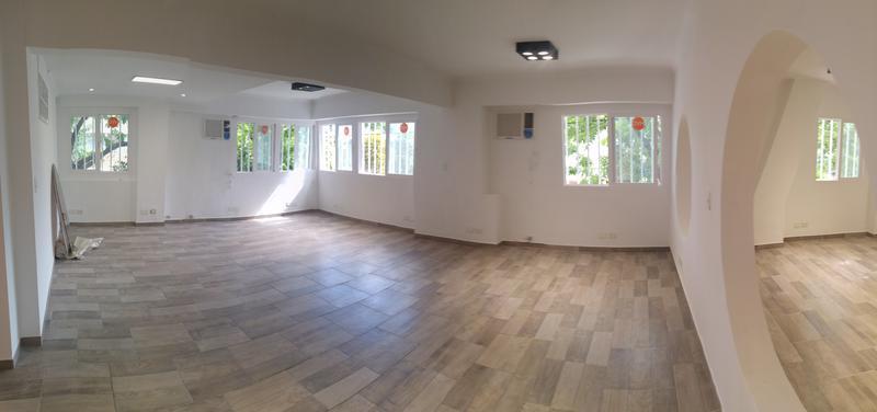 Foto Oficina en Alquiler en  B.Santa Rita,  V.Parque  Alcaraz al 4300