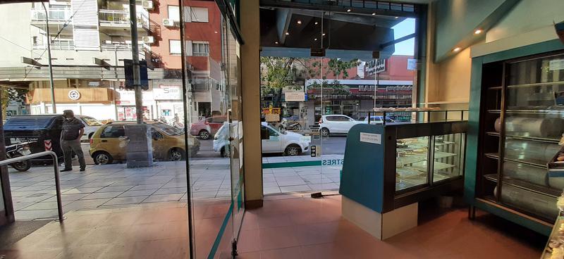 Foto Local en Venta en  Villa Devoto ,  Capital Federal  Av. Segurola al 3200