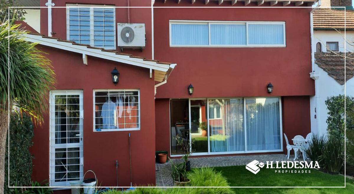 Foto Casa en Venta en  San Carlos,  Mar Del Plata  LARREA 1100