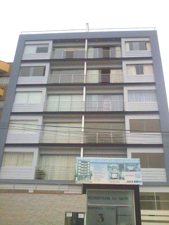Foto Departamento en Venta en  San Miguel (Lima),  Lima  Hermanos Catari 300, san miguel