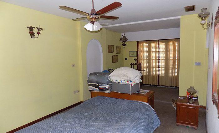 Foto Casa en Venta en  Barrio Parque Leloir,  Ituzaingo  J. Batlle y Ordoñez al 1100